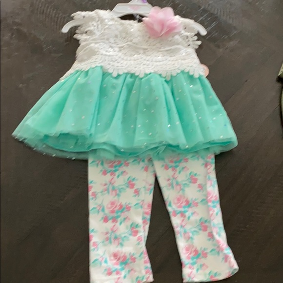 NWT little lass outfit!